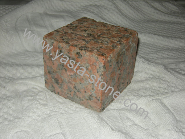 Maple Red Cube Stone
